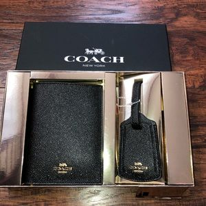 Coach Travel Set